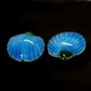 SeaShell Dark Capri cloisonné bead 17x20mm