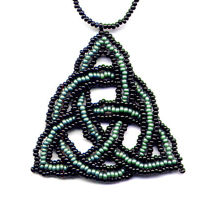 Celtic Triangle Knot